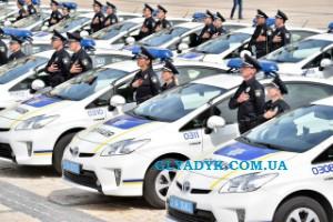 GLYADYK.COM.UA_AutoYrist_patrul_police